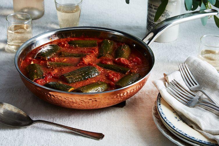 Stuffed Zucchini Simmered in Tomato Sauce (Zucchine Ripiene alla Romana)