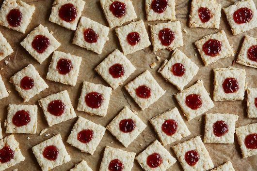 What Experts Know About Reducing Sugar in Baking Recipes
