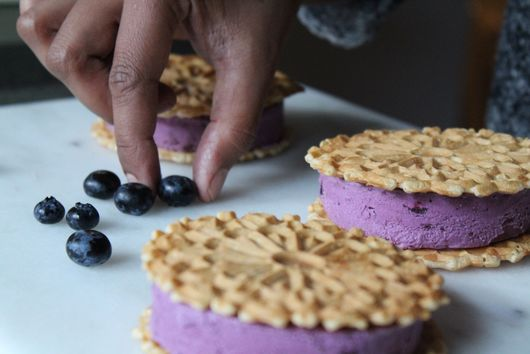 Creamy Blueberry Gelato Sandwiches