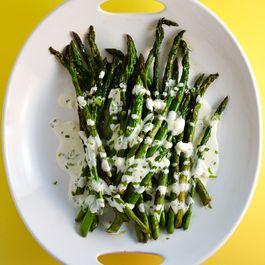 Charred asparagus with Horseradish Cream Sauce