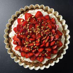 Strawberry Oatmeal Cookie Tart