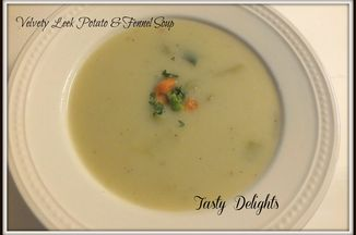 03a42872-337b-4d09-a45a-faed617081b1--salmon_mushrooms_potato_leek_soup_1