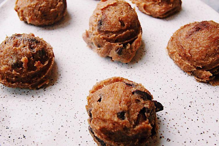 Superfood Cookie Dough Bites