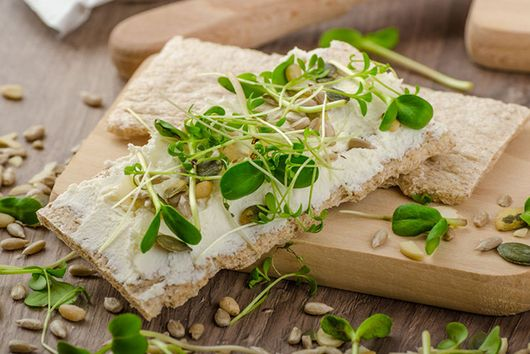 Crispbread with Tofu Spread