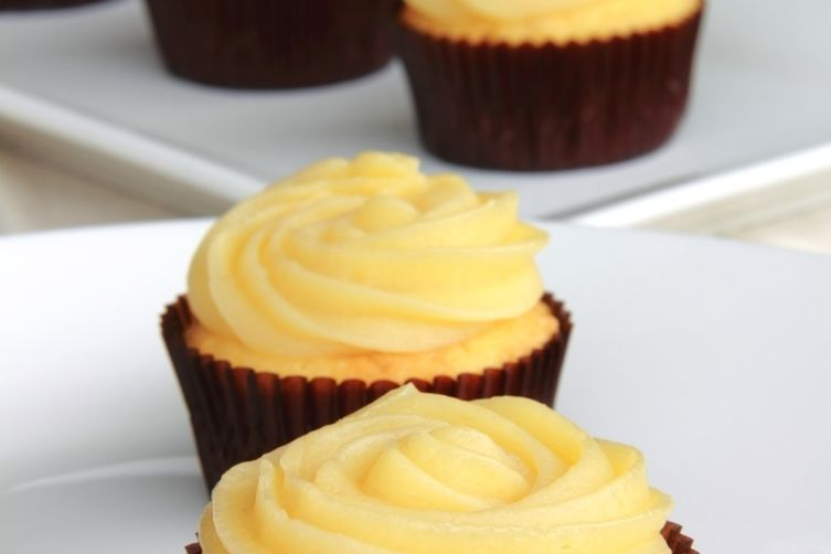 Chamomile Lemon Cupcakes with Honey Buttercream Frosting