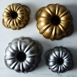 Nordic Ware Anniversary Bundt Pan