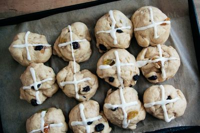 936744e4 da8b 4412 be48 e429ff378531  13737821015 ff1d34d5e1 b Were Hot Cross Buns the First Food Fad? A Brief (and Fascinating) History