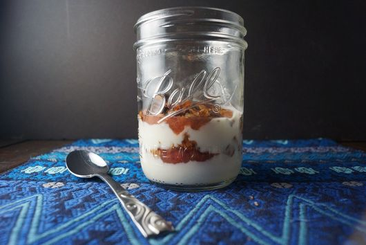 Rhubarb Yogurt Parfait