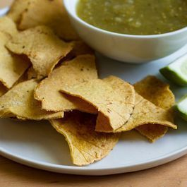 Crispy, Oven-Baked Tortilla Chips