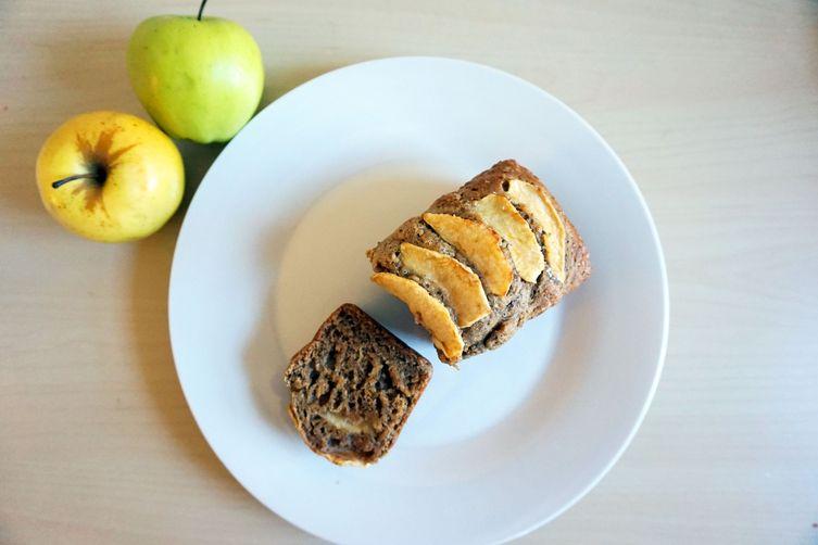 Whole Wheat Apple Yogurt Bread