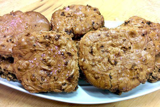Bacon Hot Chocolate Meringue Cookies