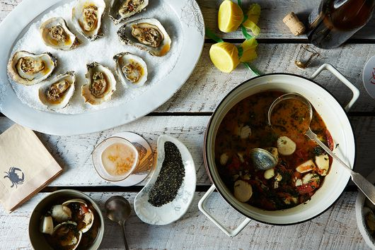 Summer Seafood Essentials (Lobster Bibs Included)