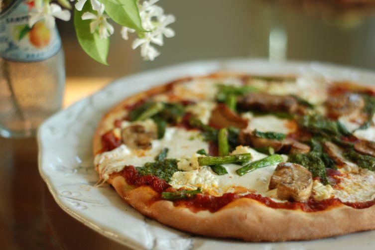 Weeknight Margeritesque Pizza