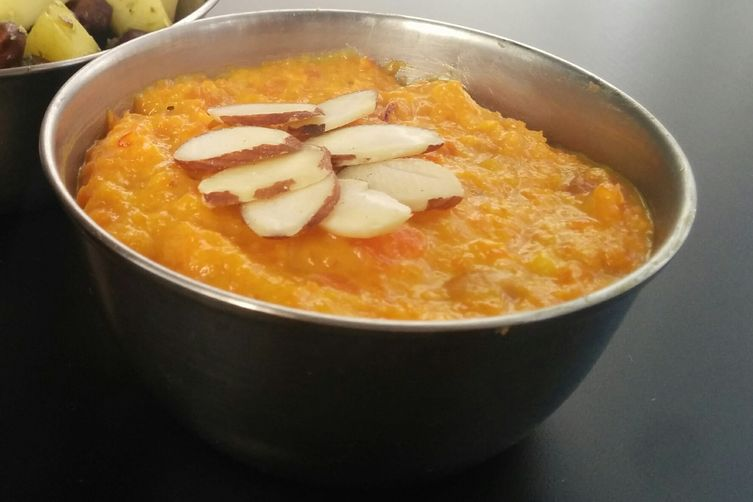 Carrot Halwa ( Carrot pudding)