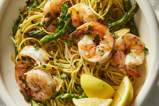 Julia Turshen's Lightning-Fast Shrimp Scampi Has a Clever Shortcut