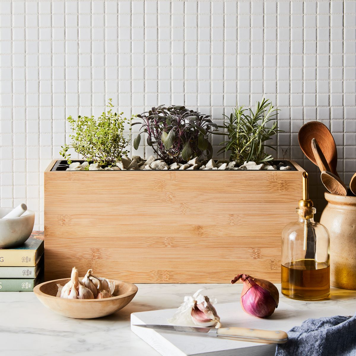 Image of: How To Start An Indoor Vegetable Herb Garden Small Garden Ideas