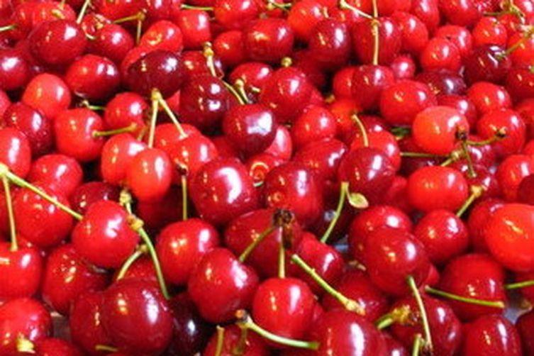 Rustic Cherry-Glazed Chicken Livers