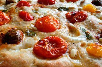 846ff12f dbdd 4e36 ad16 fcd7dd838660  heirloom tomato focaccia