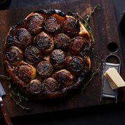 8d318e3b b5b3 40df a552 5743fadacd24  2018 0108 caramelized onion tarte tatin 3x2 bobbi lin 6441