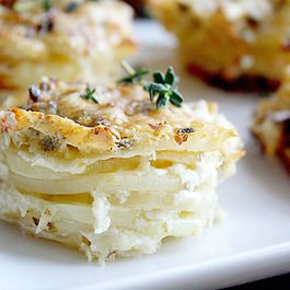 005e1e83-cb1c-4179-ad32-6d937b4d62d4.scalloped_stacked_potatoes