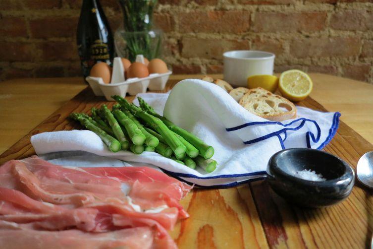 Roasted Asparagus with Pesto and an Egg