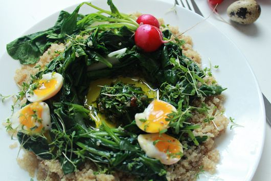 Quinoa & bulgur salad with spinach, chards, radishes, soft-boiled eggs and cappe