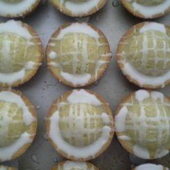 Sourdough Lavender-Vanilla Cupcakes with Lemony Glaze