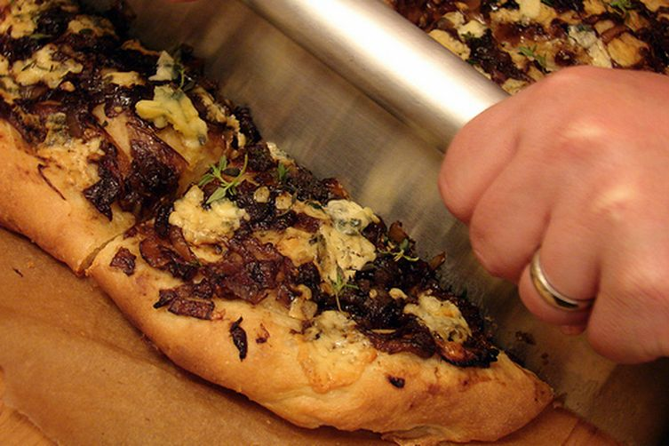 Balsamic Caramelized Onion and Blue Cheese Pizza