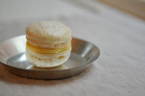 meyer lemon macaron