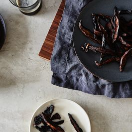 "Give Any Dish a Kick in the Pants with Vegan Mushroom ""Jerky"""