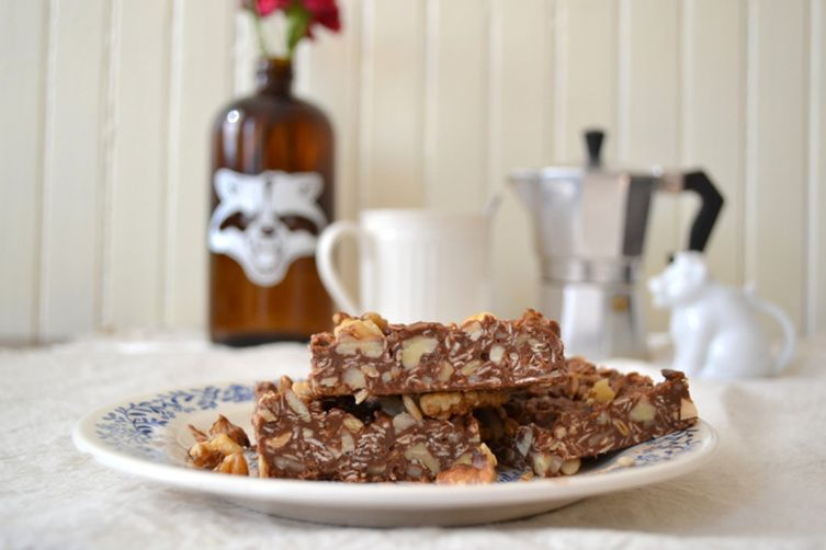 No-Bake Brownies with Raw Honey