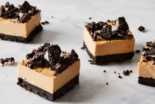 No-Bake Peanut Butter Bars With Oreo Crust