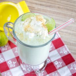 Healthy Key Lime Pie Milkshake