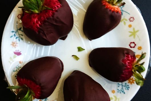 Dairy Free Chocolate Covered Strawberries