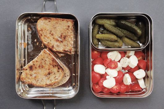 """How to """"Make"""" Lunch When You Don't Want to Spend Time in the Kitchen"""