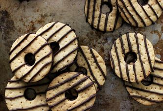 How to Make Fudge Stripe Cookies at Home