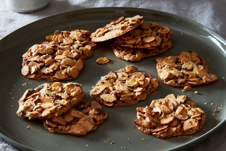 Dorie Greenspans 3 Ingredient Almond Crackle Cookies