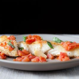 F6e804f6 9478 415d abcf d5c7e96ee892  5625 halibut w basil garlic and tomato