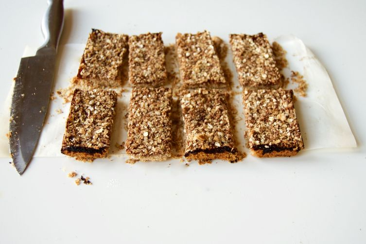 Vegan Almond and Toasted Oat Jam Bars