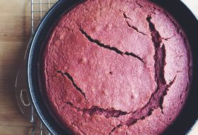 Why Cakes Crack (& How to Prevent It)