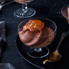 6e0a986c 42b9 472e b548 c74b6cf5d510  2018 0201 genius greek yogurt chocolate mousse final 3x2 ren fuller 426