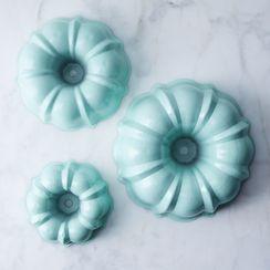 Nordic Ware Mint 3-Tiered Bundt Pan Set