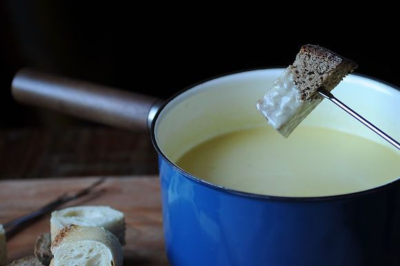 Traditional Fondue Fribourgeois