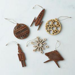 (OLD) Precision-Cut Wood Ornament Sets