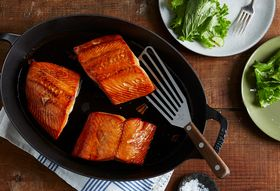 7b1a67f6 106c 4262 8334 fc9cc1728360  2017 0809 whole foods honey salmon recipe hero 1 bobbi lin 35353