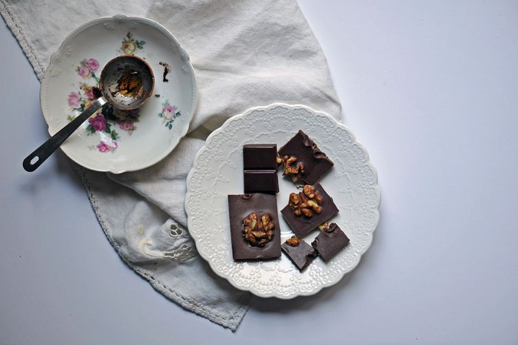Lavender Walnut Chocolate Bar