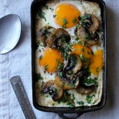 Baked Eggs with Garlic Mushrooms