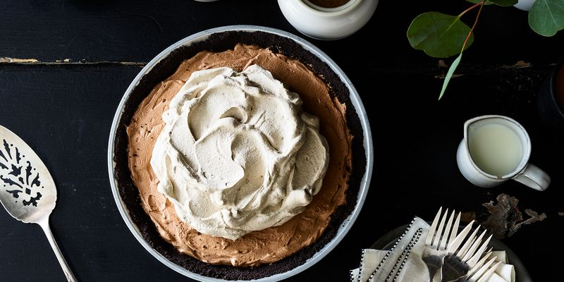 A cookie crust with a delicious secret.