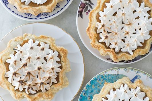 Mini Toasted Marshmallow Pumpkin Pie