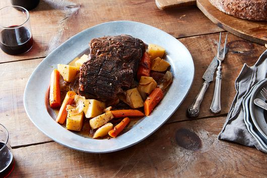 10 Slow-Cooker Recipes Made for Fall TV Binges